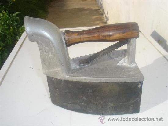 PLANCHA DE CARBON (Antigüedades - Técnicas - Planchas Antiguas - Carbón)