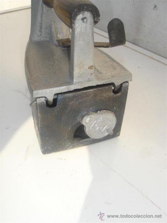 Antigüedades: plancha de carbon - Foto 2 - 31085229