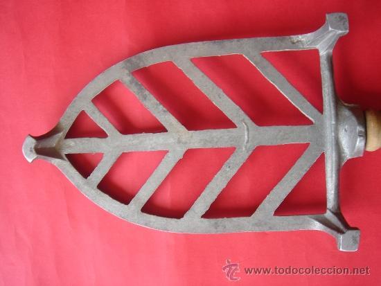 Antigüedades: PARTE INTERIOR DE LA PIEZA METÁLICA - Foto 5 - 31206605