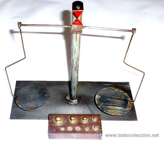 Antigüedades: BALANZA DE PRECISION, FUNCIONANDO CORRECTAMENTE CON PESAS - Foto 5 - 31269456