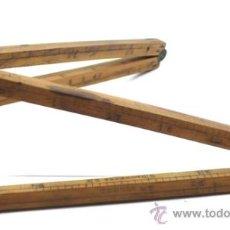 Antigüedades: MESURA EN METROS Y PULGADAS DE MADERA S.XIX, 65 CM DE LARGO.. Lote 31412990