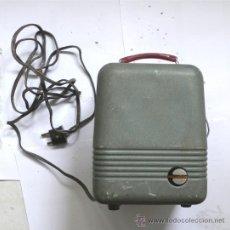 Antigüedades: PROYECTOR BELL & KOON - MITICA 8 S - MADE IN JAPAN - AÑOS 50. Lote 31554929