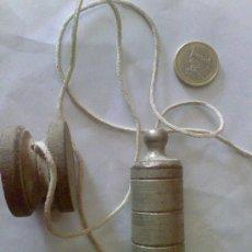 Antiquitäten - plomada de albañil - 31563761