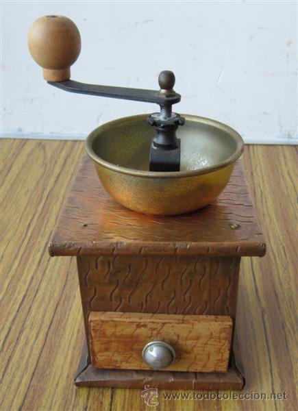 MOLINILLO .. DE MADERA FORRADO CON CHAPA (Antigüedades - Técnicas - Molinillos de Café Antiguos)