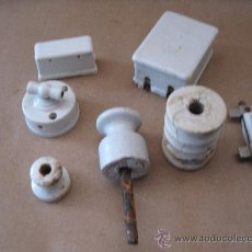 Antigüedades: ELECTRICIDAD - VARIOS OBJETOS ANTIGUOS DE PORCELANA.. Lote 31637203