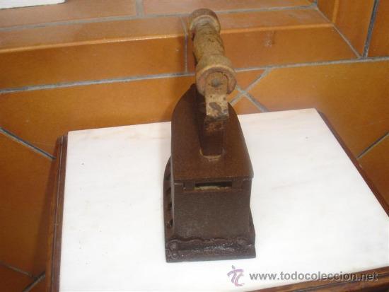 Antigüedades: plancha de carbon antigua - Foto 2 - 31752009