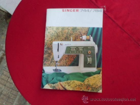 ANTIGUO MANUAL EN INGLES MAQUINA DE COSER ELECTRICA SINGER MODELO 744/784 (Antigüedades - Técnicas - Máquinas de Coser Antiguas - Singer)