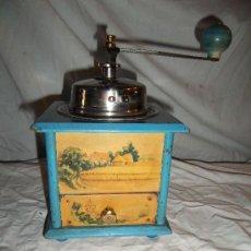 Antigüedades: BONITO MOLINILLO DE CAFÉ ANTIGUO DECORADO. Lote 31914310