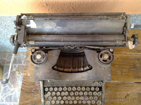 Antigüedades: antigua maquina de escribir hispano olivetti, m40. - Foto 2 - 31956797