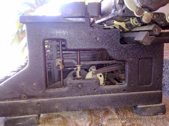 Antigüedades: antigua maquina de escribir hispano olivetti, m40. - Foto 5 - 31956797