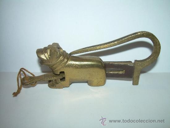 Antigüedades: ANTIGUO Y BONITO CANDADO DE BRONCE. - Foto 5 - 32000184
