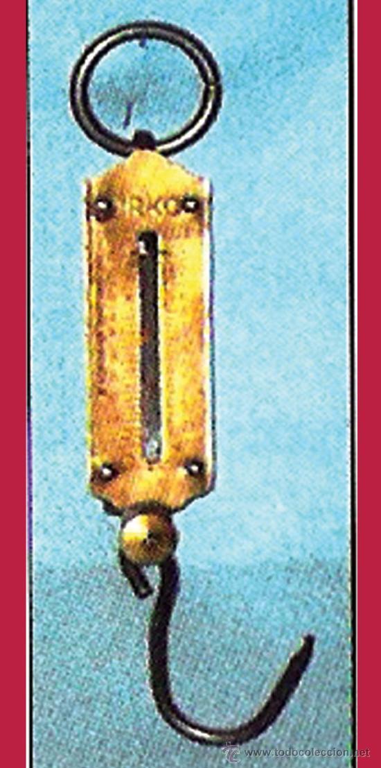 ANTIGUA BASCULA DE MANO MARCA -URKO- CON ANILLA, MUELLE Y GANCHO.VISOR EN KILOS Y LIBRAS HASTA 12 KG (Antigüedades - Técnicas - Medidas de Peso - Básculas Antiguas)
