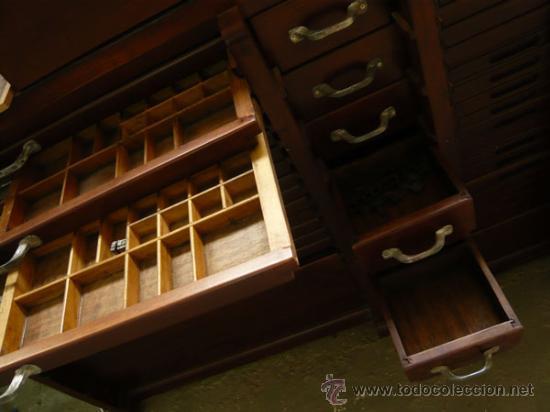 Antigüedades: Chivalete doble recién restaurado con tipos de plomo - Foto 2 - 32067331
