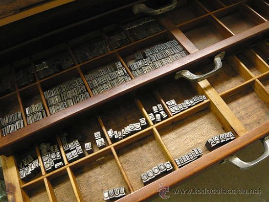 Antigüedades: Chivalete doble recién restaurado con tipos de plomo - Foto 4 - 32067331