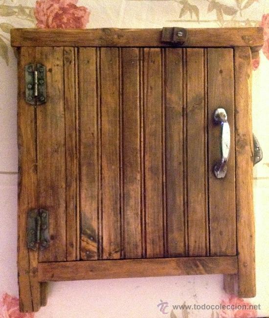 Antigua ventana de madera de pino comprar varias for Ventanas de madera rusticas precio