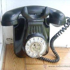 Teléfonos: BONITO TELEFONO ESPAÑOL BAQUELITA, AÑOS 40. . Lote 32115525