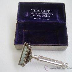 Antigüedades: MAQUINILLA DE AFEITAR VALET (MANGO DE PLATA) CON SU ESTUCHE METALICO. Lote 32116132