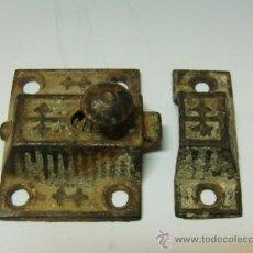 Antigüedades - 2 cierres metálicos de ventanas muy antiguos - 32129284