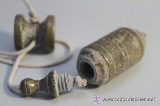 Antigüedades: antigua plomada, 8,5 cm largo - Foto 2 - 32381091
