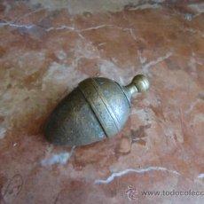 Antigüedades: PLOMADA ANTIGUA DE BRONCE. Lote 32728574