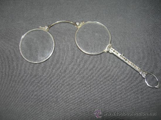 ANTIGUA Y BONITAS GAFAS DE PLATA PLEGABLES VER FOTO ADICIONAL (Antigüedades - Técnicas - Instrumentos Ópticos - Gafas Antiguas)