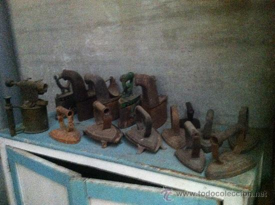 PLANCHAS ANTIGUAS DE CARBON. (Antigüedades - Técnicas - Planchas Antiguas - Carbón)