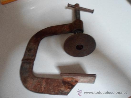 Antigüedades: TORNILLO DE PRENSA, ANTIGUO Y FEO - Foto 3 - 33270127