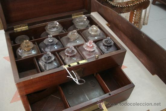 Aut ntico antiguo botiqu n de barco ingl s orig comprar antig edades marinas y navales en - Botiquin antiguo ...