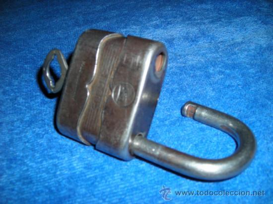 Antigüedades: Antiguo candado alemán con llave, de mediados del siglo XX - Foto 6 - 33636883