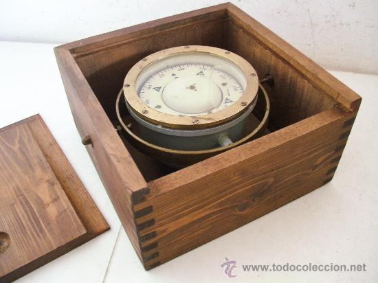 Brujula trepat barcelona n en su caja comprar antig edades marinas y navales en - Cajas de madera barcelona ...