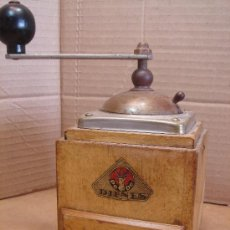 Antigüedades: ANTIGUO MOLINILLO DE CAFE MADERA - MARCA PE DE DIENES - PEDE - HOLANDA . Lote 33693170
