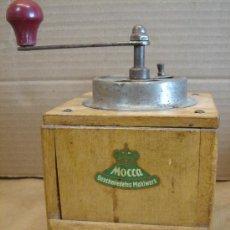 Antigüedades: ANTIGUO MOLINILLO DE CAFE MADERA - MOCCA GESCHMIEDETES MAHLWERK - ALEMANIA. Lote 33693694