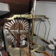 Antigüedades: ANTIGUA BALANZA DE PRECISIÓN. Lote 33741798