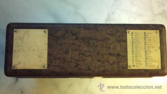 Antigüedades: caja de bakelita de equipo de radiofonia alemana - Foto 4 - 33749745