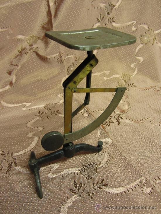 Antigüedades: Balanza de sobremesa milimétrica / Circa 1900 - Foto 2 - 33850331