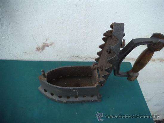 Antigüedades: plancha de carbon - Foto 2 - 33895353