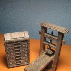Antigüedades: IMPRENTA, MAQUETAS DE PLOMO PRENSA GUTENBERG Y CHIBALETE - LOTE ESPECIAL. Lote 42030131