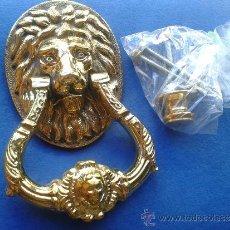 Antigüedades: ALDABA ,ALDABON ,PICAPORTE ,LLAMADOR DE CABEZA DE LEON . Lote 99102395