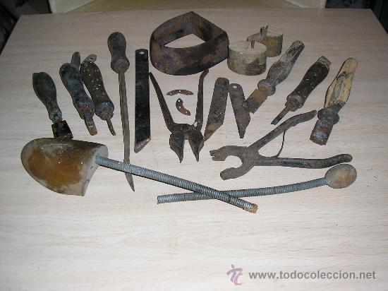 Fabricar Zapatero Of Varias Herramientas Antiguas De Tapicero O Zap Comprar