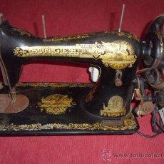 Antigüedades: MAQUINA DE COSER SINGER. Lote 34377796