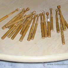 Antigüedades: 20 BOLILLOS ANTIGUOS DE MADERA MUY FINOS Y RAROS . Lote 34393692