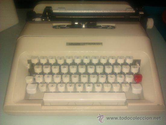 MAQUINA DE ESCRIBIR OLIVETTI LETTERA 35 BASTANTE BIEN CONSERVADA / SIN FUNDA DE TRANSPORTE (Antigüedades - Técnicas - Máquinas de Escribir Antiguas - Olivetti)