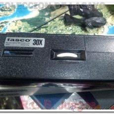 Antigüedades: MICROSCOPIO DE BOLSILLO TASCO 30X CON LUZ. Lote 34487910
