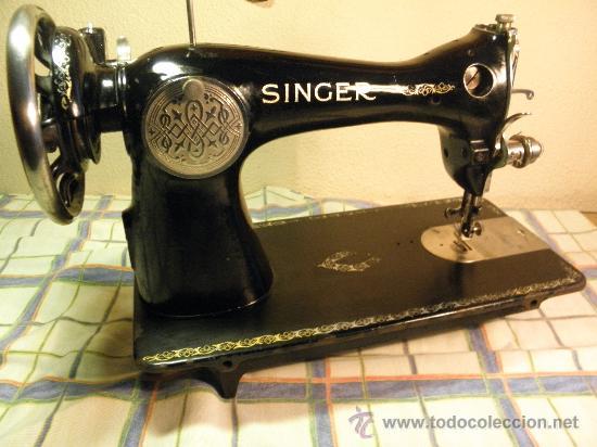 Antigüedades: MAQUINA DE COSER SINGER - AÑOS 40. EXCEL. ESTADO ORIGINAL. CUIDADA Y FUNCIONANDO(((OCASION))) FOTOS. - Foto 6 - 34932859