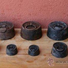 Antigüedades: MAGNIFICO JUEGO DE 9 ANTIGUAS PESAS DE HIERRO DISTINTAS MEDIDAS 5 KG 2 KG 1KG.... Lote 35173743