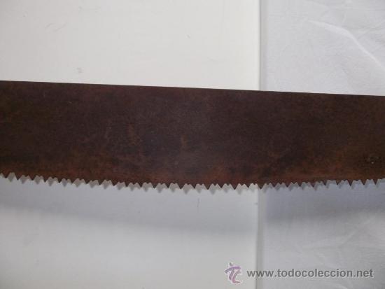 Antigüedades: antigua sierra o serrucho largo 1,20 m - Foto 3 - 35180225