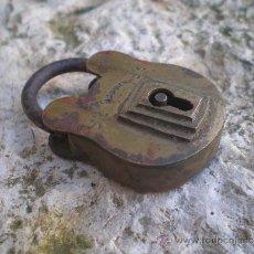 Antigüedades: ANTIGUO CANDADO DE BRONCE. Lote 35215663