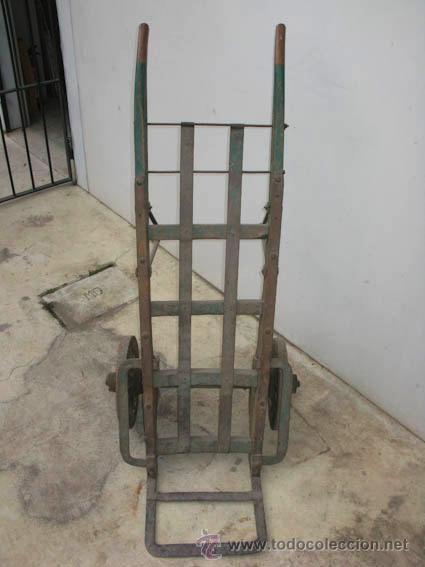 Antigüedades: Antigua carretilla de madera y hierro para transporte de sacos u otros materiales. - Foto 8 - 35387854
