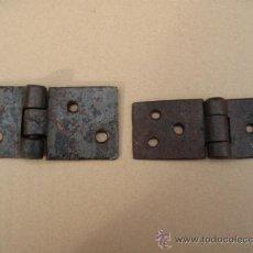 Antigüedades: LOTE DE DOS BISAGRAS ANTIGUAS DE FORJA - SIGLO XVII-XVIII - 1. Lote 35436078