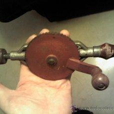 Antigüedades: ANTIGUO TALADRO DE MANO. Lote 35524149